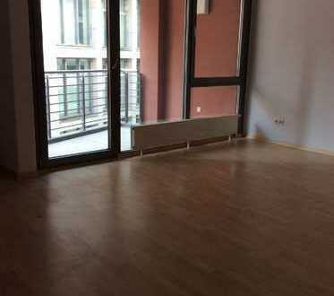++Schöne 3-Raumwohnung mit Balkon und EBK++