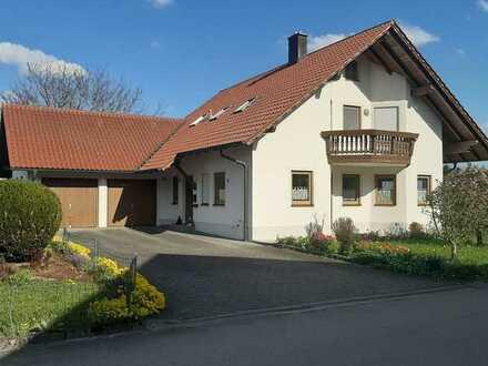 Gepflegtes Einfamilienhaus mit sieben Zimmern und Einbauküche in Osterberg