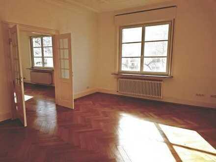 Große 5 Zimmerwohnung in schöner Wohnlage