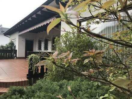 #Traitteur - Liebhaberstück: Reizendes freistehendes Einfamilienhaus mit schönem Garten