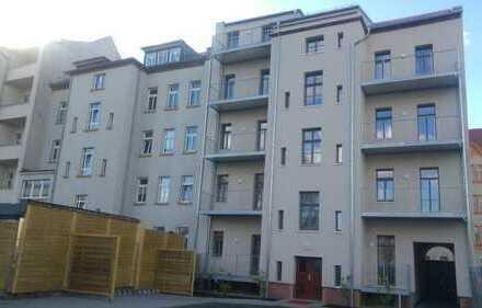 2017 sanierte 4-R-Wohnung im DG mit Fußbodenheizung- W9