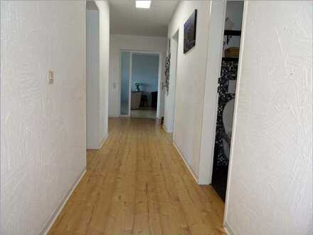 Familien aufgepasst: Vier-Zimmer-Eigentumswohnung in gepflegter Wohnanlage in Allmendingen