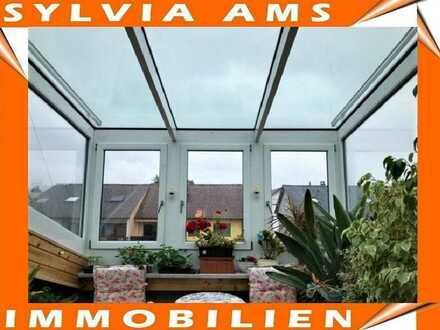 ***Maisonette-Wohnung mit Wintergarten und Balkon***