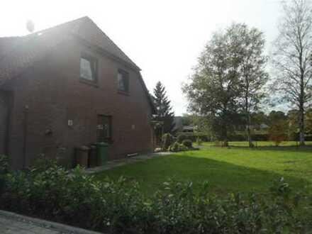 """""""Familien aufgepasst ...!!!"""" Doppelhaushälfte ruhig gelegen mit großem Garten in Südmoslesfehn"""