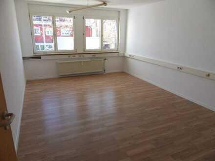 Sie sind der erste Mieter!! - Helle, renovierte 3-Zimmer-Wohnung in Ludwigshafen