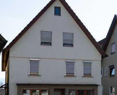 Wohn- und Geschäftshaus plus zusätzliche Bebauung möglich