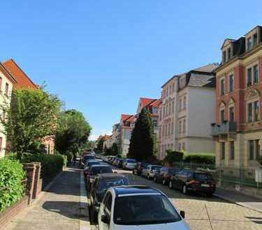 Vollständig renovierte 2-Zimmer-Wohnung mit Balkon in Dresden