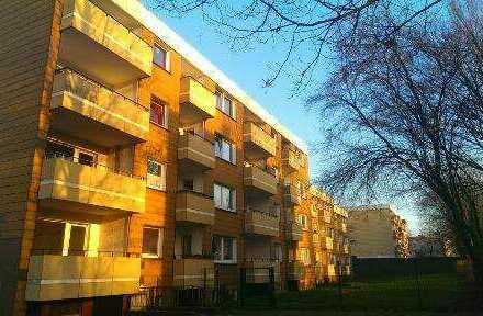 Provisionsfrei! Schöne Etagenwohnung mit Balkon frei