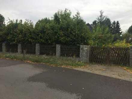 807 m² Grundstück in Neuenhagen bei Berlin mit abrissreifen Einfamilienhaus