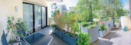 Luxuriöse 4 Zi-ETW in kl. WE mit gr. Balkon. Auch für KA geeignet