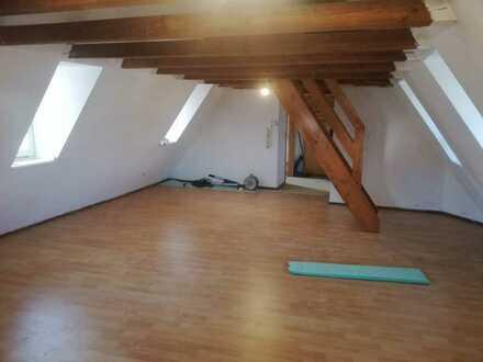 Münsingen kleine Dachgeschoßwohnung