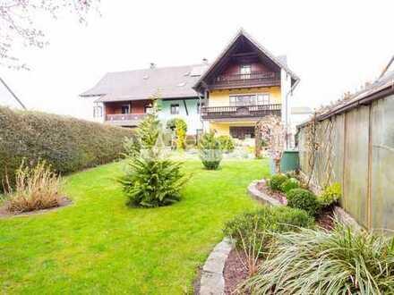 Großzügige Doppelhaushälfte mit Einliegerwohnung und tollem Garten