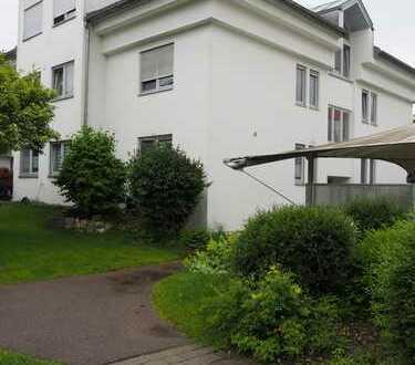 Schöne zwei Zimmer Wohnung mit Loggia in Blaustein