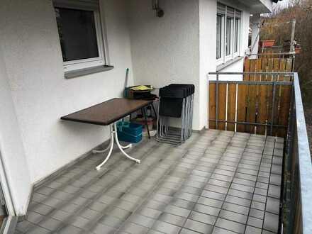Attraktive 3,5-Zimmer-Wohnung mit Balkon und EBK in Abstatt
