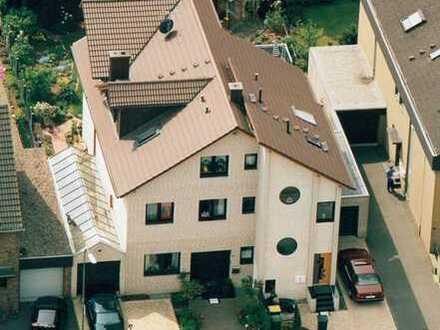 sehr schöne Dachgeschoßwohnung in ruhiger Lage