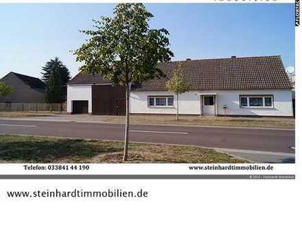 Bauernhaus mit Hof , Garage und Scheune
