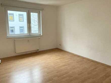 """KL - Nähe Mall, 2 ZKB """"WG geeignet"""", große Küche mit Einbauküche"""