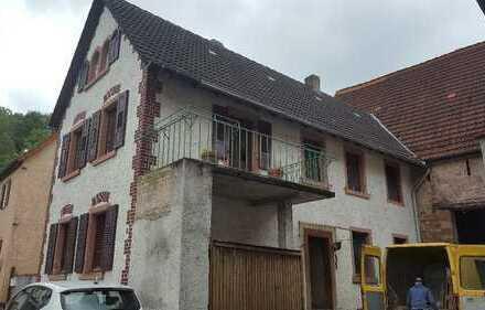 Einfamilienhaus mit großer Scheune in ruhiger Innerortslage von Hemsbach
