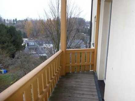 Schön sanierte 3-Raumwohnung mit Balkon in Lichtenstein