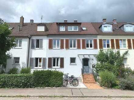 Reihenhaus in wunderbarer Lage in Freiburg-Littenweiler