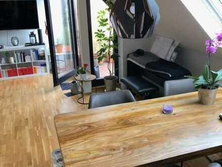 Schöne zwei Zimmer Wohnung in Düsseldorf, Niederkassel