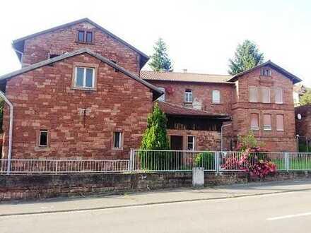 Mehrfamilienhaus - Scheune - Gewölbekeller - Anbau
