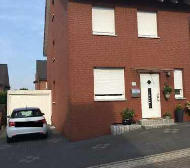 Schöne Doppelhaushälfte mit fünf Zimmern in Dortmund, Westrich