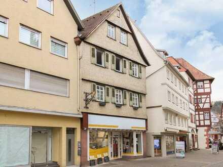 Top Innenstadtlage: Vielversprechendes Wohn- u. Geschäftshaus mit 3 WE und 1 Gewerbeeinheit