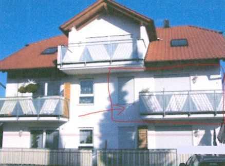 Gepflegte OG-Wohnung mit drei Zimmern und Balkon in Neuhausen-Schellbronn