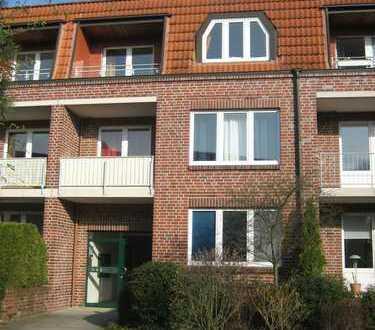 Schöne 3-Zimmer-DG-Wohnung mit Balkon, Einbauküche und Vollbad