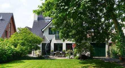 Familienfreundliches Einfamilienhaus mit toller Aufteilung und Südlage Grundstück in Hüls !