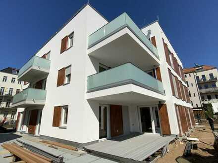 *Erstbezug* Wohnen im eleganten Neubau - großer Balkon - Tiefgaragenstellplatz mit Elektroanschluss