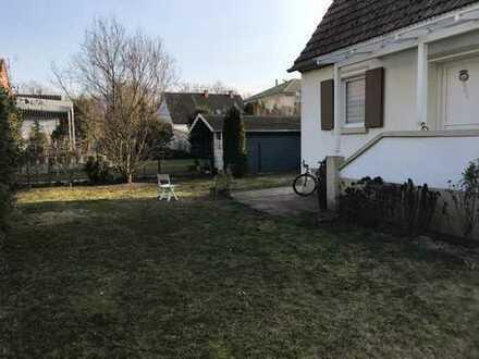 Kleines Haus mit großem Garten in Germersheim