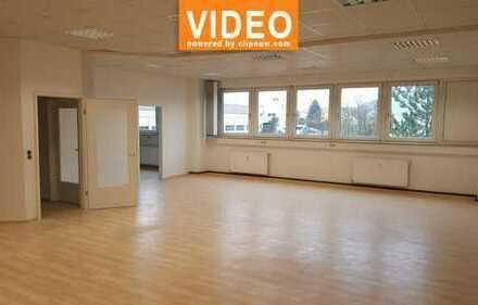 Sehr helle und gepflegte Büroflächen in Bindlach zu vermieten