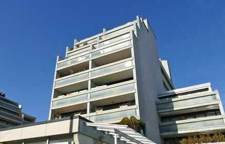 FREIWERDEND! Zwei-Zimmerwohnung mit Loggia und Tiefgaragenstellplatz nahe dem KIT