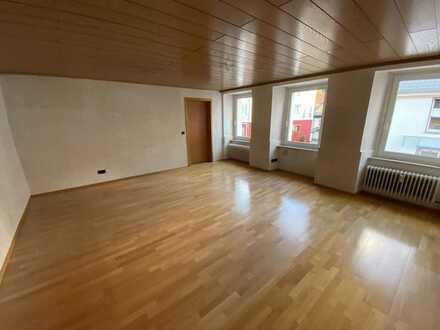 Gepflegte 5-Raum-Wohnung mit Einbauküche in Furtwangen