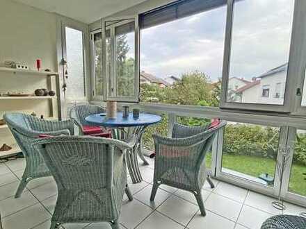 6419 - Gut geschnittene 3-Zimmerwohnung mit verglaster Loggia, Gartenmitbenutzung u. Stellplatz!