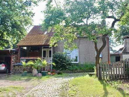 Anlageobjekt: Einfamilienhaus mit Waldrandlage und viel Potenzial!