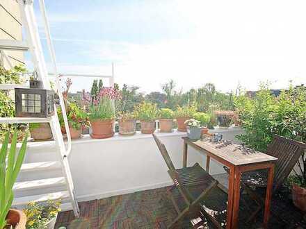Außergewöhnliche 4-Zimmer-Maisonette-Wohnung mit Balkon und Dachterrasse in Köln-Mülheim