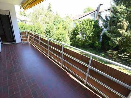 MA-Niederfeld: 2,5 ZKB mit Balkon in ruhiger Wohnlage