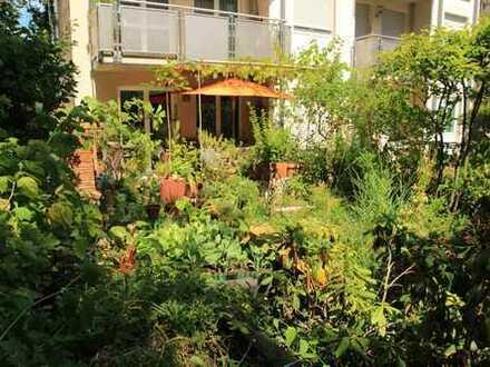 Grüne und ruhig gelegene Gartenwohnung (ca. 120 m² Garten)