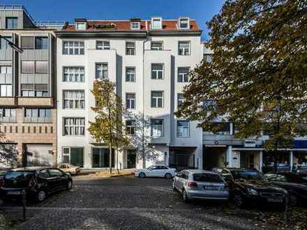 Sanierte Wohnung mit Einbauküche und Waschtrockner - Nähe Kurfürstendamm/ Halensee - Schlafnische