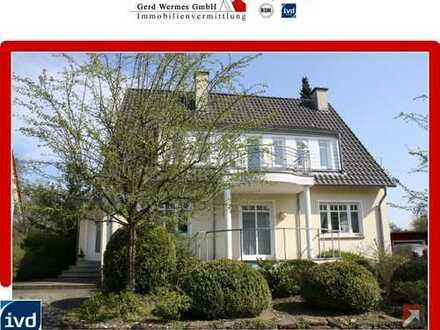 Lichtdurchflutetes Wohnhaus mit großem Garten in ruhiger Wohnsiedlung von Bad Iburg zu verkaufen
