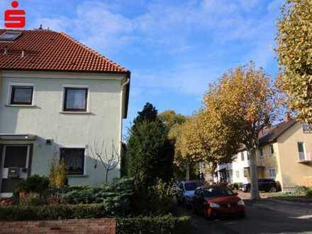 Reihenendhaus mit Terrasse und Garage in Frankenthal