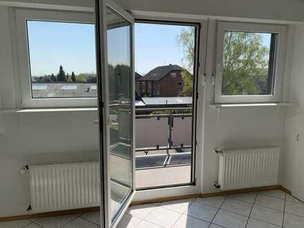 Schöne, helle zwei Zimmer Wohnung mit Balkon im Rhein-Erft-Kreis, Elsdorf