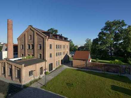 ab sofort Neuwertige 3,5-Zi-Penthousewohnung /Balkon im historischen Industriedenkmal in Dillingen
