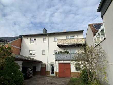 Anlageobjekt...3 Wohneinheiten-2 Häuser-1 Preis...