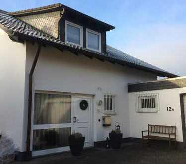 Geisweid - Hochwertiges Einfamilienhaus mit Doppelgarage