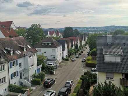 Stilvolle 1-Zimmer-Dachgeschosswohnung mit gehobener Innenausstattung in Stuttgart