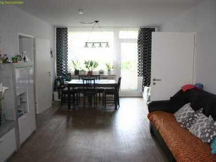 4-Zimmer-Wohnung mit zwei Balkonen zu vermieten!
